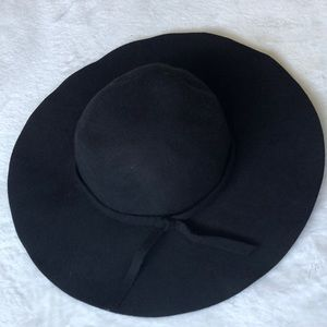 NWT Rue21 black floppy hat